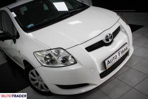 Toyota Auris 2007 1.4 90 KM