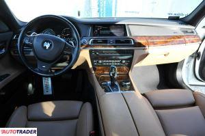 BMW 740 2015 3 313 KM