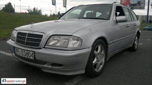 Mercedes 250 2.5 1998 r. - zobacz ofertę