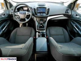 Ford Kuga 2016 2 120 KM