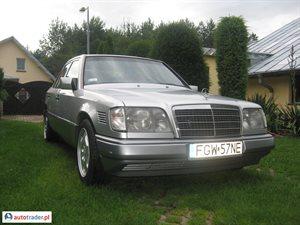 Mercedes 250 2.5 1995 r. - zobacz ofertę