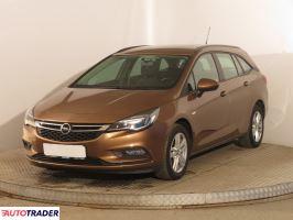 Opel Astra 2017 1.4 123 KM