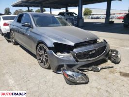 Mercedes 2017 3
