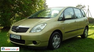 Toyota Corolla Verso 2.0 2002 r. - zobacz ofertę
