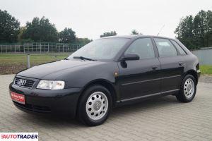 Audi A3 2000 1.6 100 KM