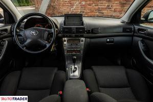 Toyota Avensis 2005 2.4 163 KM