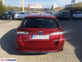 Toyota Auris 2018 1.8 135 KM