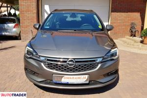 Opel Astra 2017 1.4 125 KM