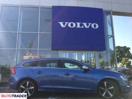 Volvo V60 2016 2.0 190 KM
