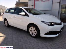 Toyota Auris 2018 1.4 90 KM