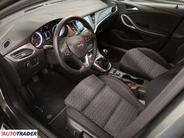 Opel Astra 2018 1.6 134 KM