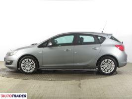 Opel Astra 2014 1.6 113 KM