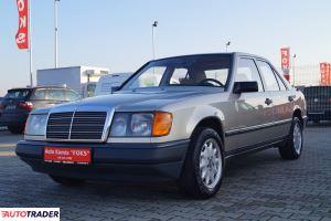 Mercedes W-124 stan bdb 2.2 1988r. - zobacz ofertę