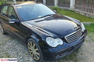 Mercedes C-klasa 2002 3.2 218 KM