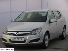 Opel Astra 2011 1.6 113 KM