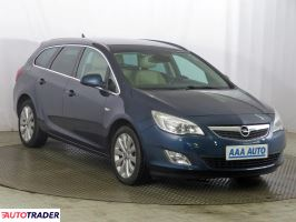 Opel Astra 2011 1.4 138 KM