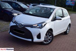 Toyota Yaris 2015 1.0 70 KM