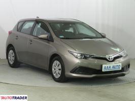 Toyota Auris 2015 1.4 88 KM